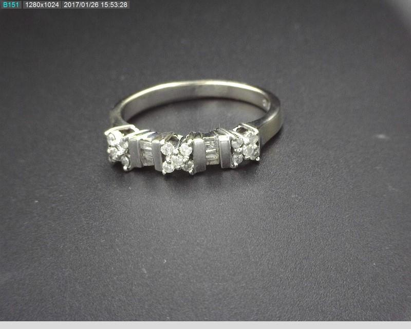 10KWG LADY'S DIAMOND BAND APX.27C.T.W