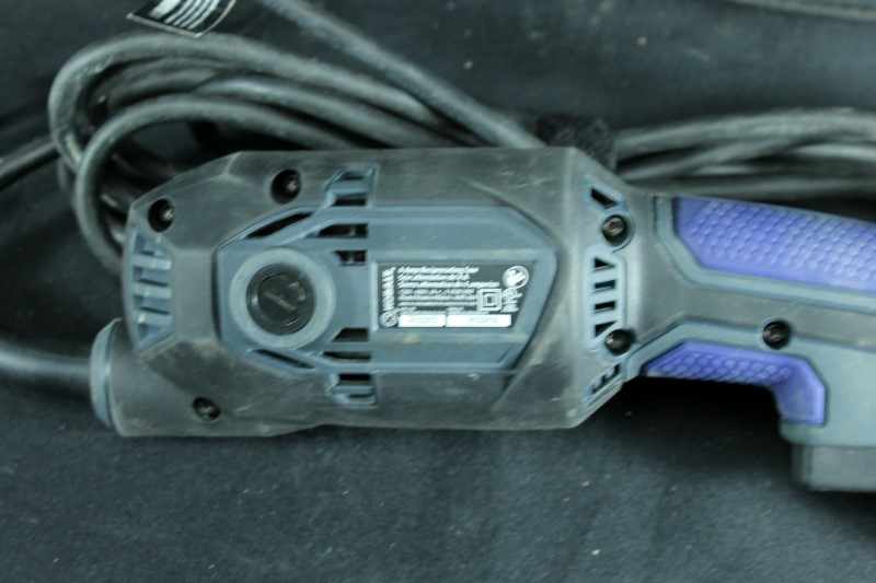 Kobalt 4-Amp Keyless Variable Speed Corded Reciprocating Saw Lightweight Tools