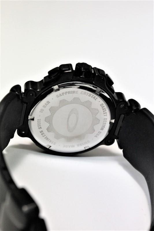 OAKLEY Gent's Wristwatch CRANKCASE 10-275