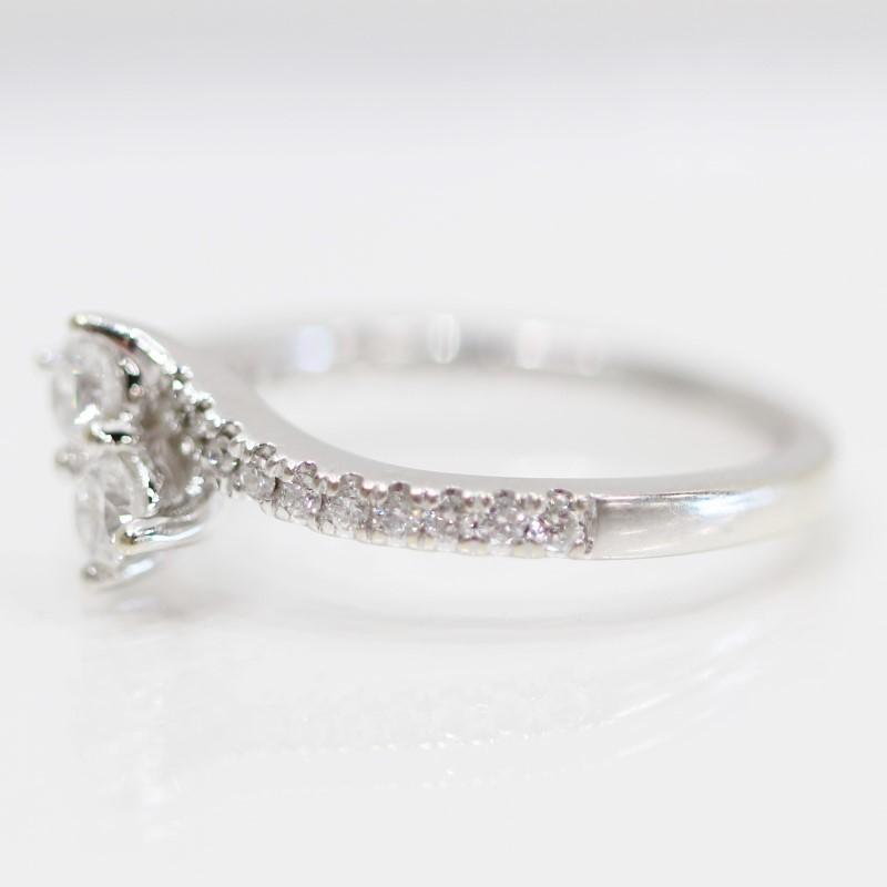 Forever Us 14K White Gold Round Brilliant Diamond Ring Size 6.5
