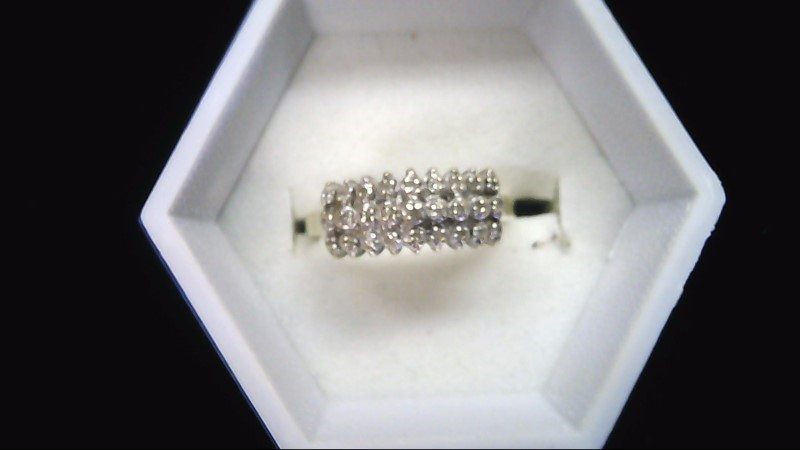 Lady's Diamond Cluster Ring 27 Diamonds .27 Carat T.W. 10K Yellow Gold 2.3g