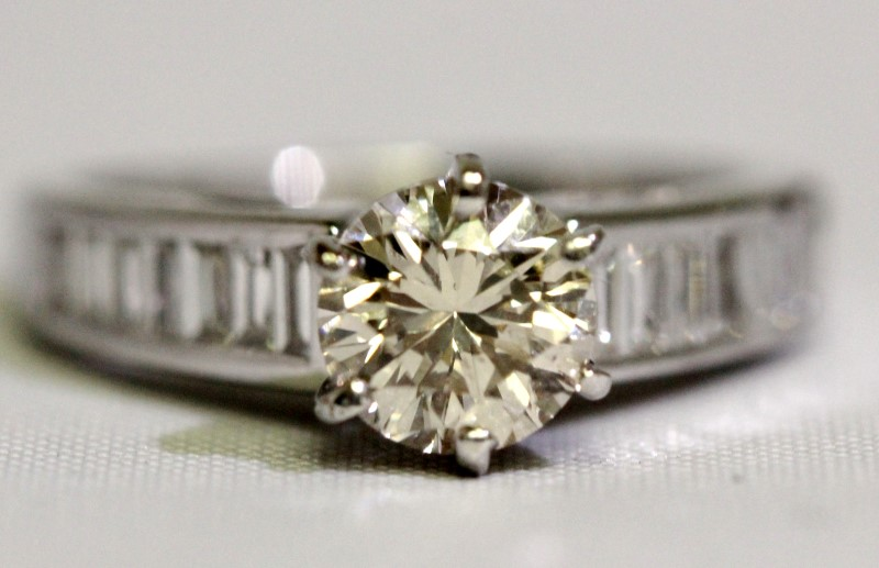14K White Gold .85ct Round Brilliant Diamond & Baguette Accents Engagement Ring
