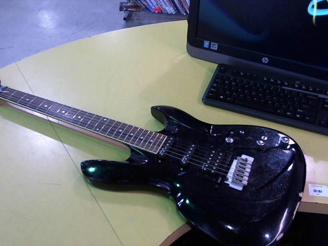 SWITCH GUITAR Electric Guitar VIBRACELL