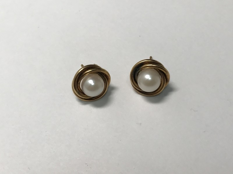 7MMx2 Pearl Earrings 14K Yellow Gold 2.2g