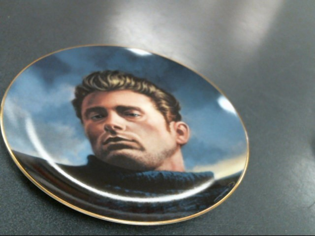 THE BRADFORD EXCHANGE Collectible Plate/Figurine THE JAMES DEAN COLLECTION