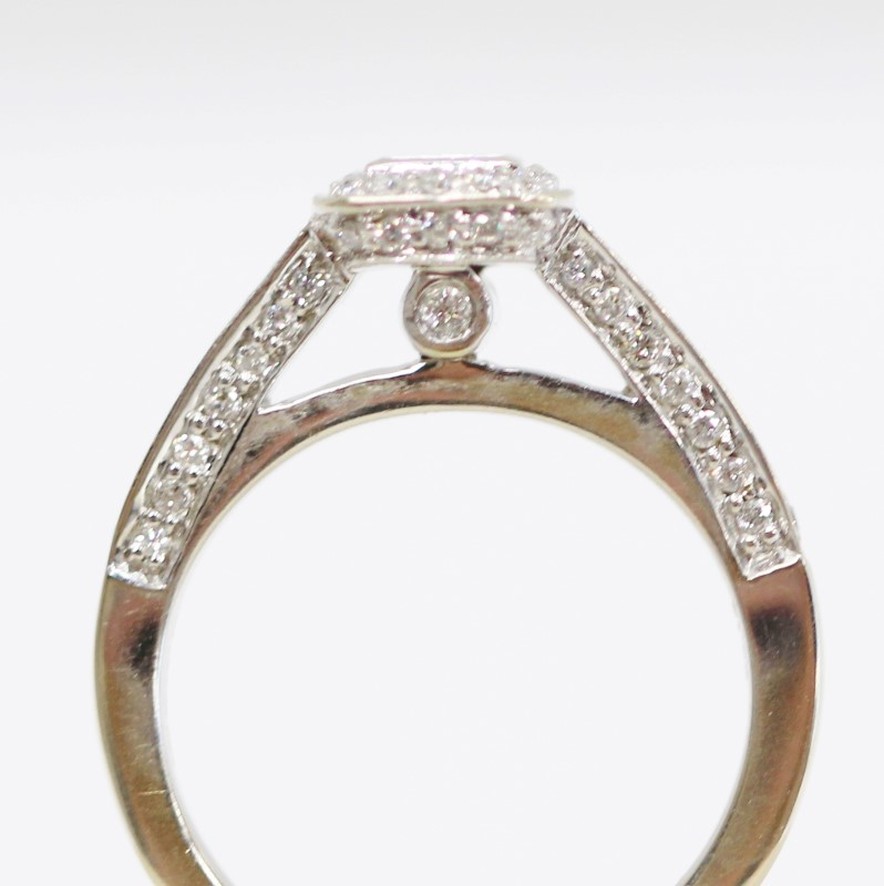 14K White Gold Halo Set Princess Cut Diamond Ring Size 5