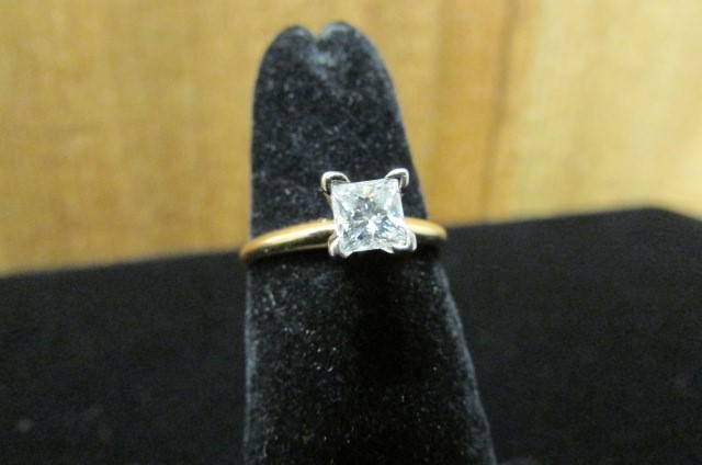 Lady's Diamond Solitaire Ring 0.5 CT. 14K Yellow Gold 2g Size:6