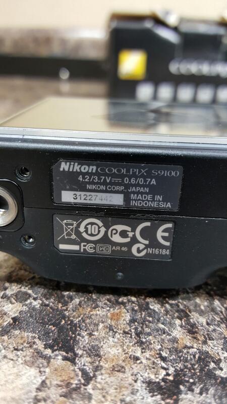 Nikon COOLPIX S9100 12.1 MP Digital Camera - Black