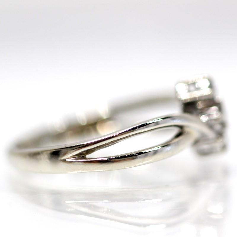 14K White Gold 3 Stone Round Brilliant Diamond Ring Size 5.8