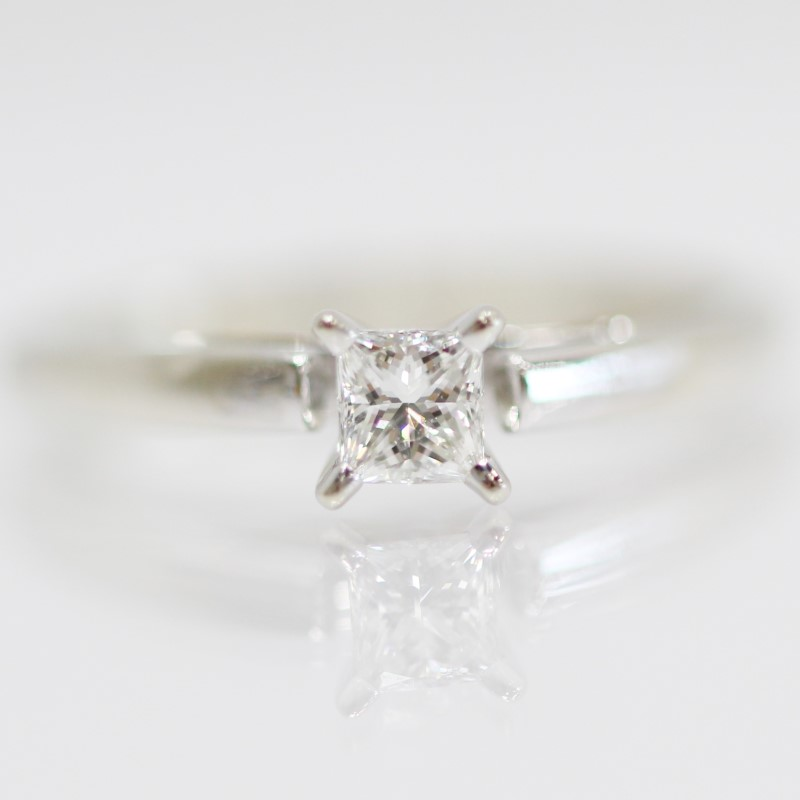 14K White Gold Princess Cut Solitaire Diamond Engagement Ring Size 5