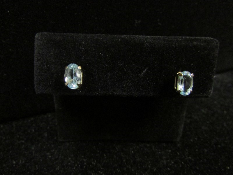 Synthetic Aquamarine Gold-Stone Earrings 10K Yellow Gold 0.5g