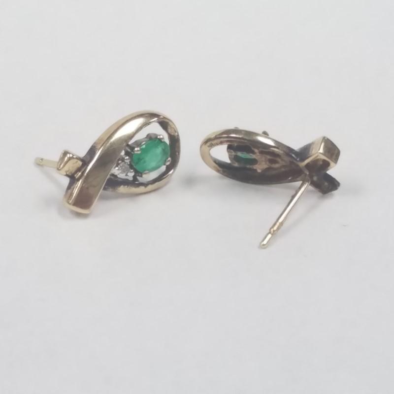 Emerald Gold-Stone Earrings 10K Yellow Gold 1.8g