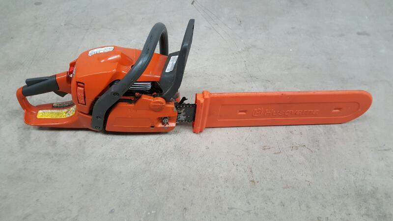 Husqvarna 450 Rancher Chainsaw W/Blade Cover