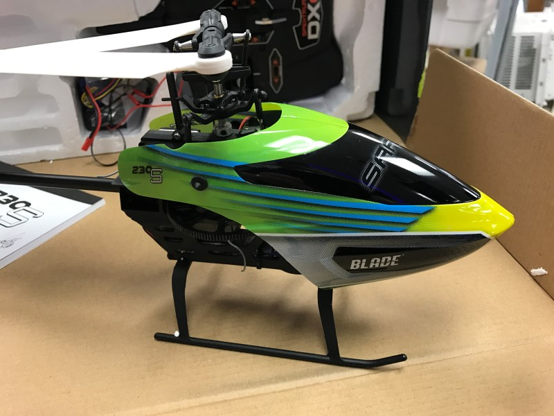 Blade 230 S by Horizon Hobby - Aerobatic - 2.4GHz - Remote Control Helicopter