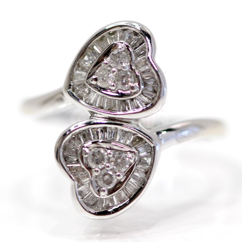 14K W/G Dual Heart Round Brilliant Diamond Cluster Ring Size 6.25