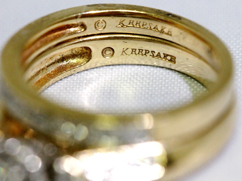 Keepsake 14K Yellow Gold Cathedral Halo Diamond Engagment Wedding Ring Set sz 7