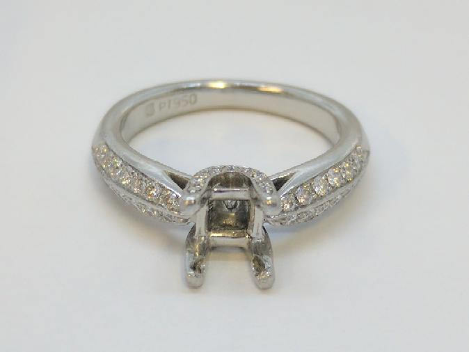 Lady's Platinum-Diamond Ring Mount 46 Diamonds .92 Carat T.W. 950 Platinum 7g