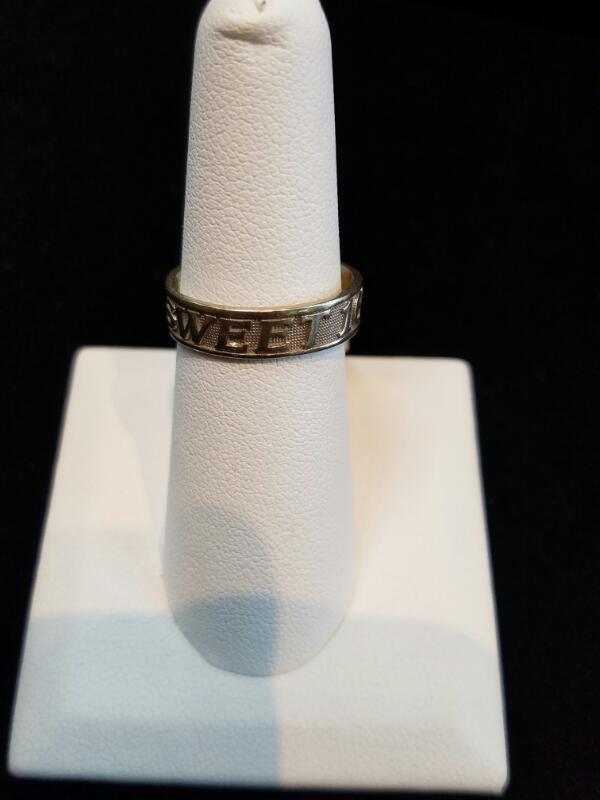 Sweet 16 White Gold Ring 14K 3.1g Size:7 (Free S/H)