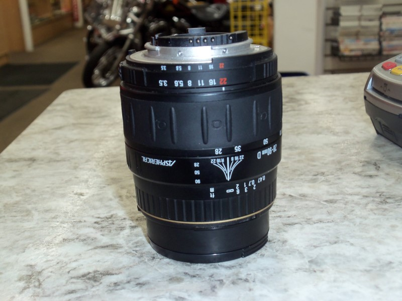 QUANTARAY AF LENS FOR NIKON 28-90MM  MULTI-COATED (F/3.5-5.6)