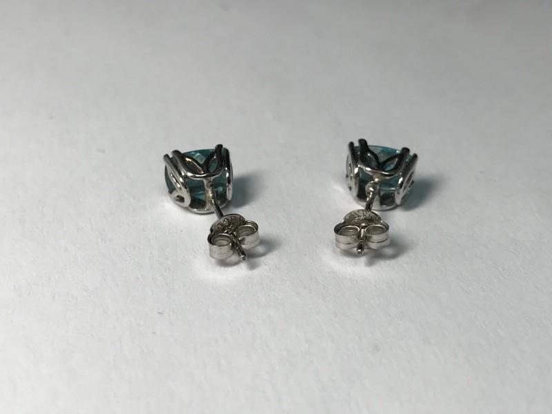Synthetic Blue Zircon Gold-Stone Earrings 14K White Gold 1.5g