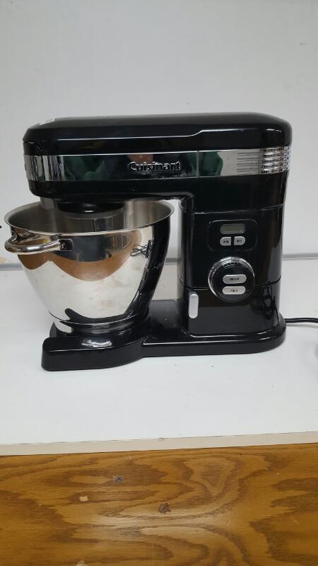 Cuisinart SM-55 5-1/2-Quart 12-Speed Stand Mixer - Black
