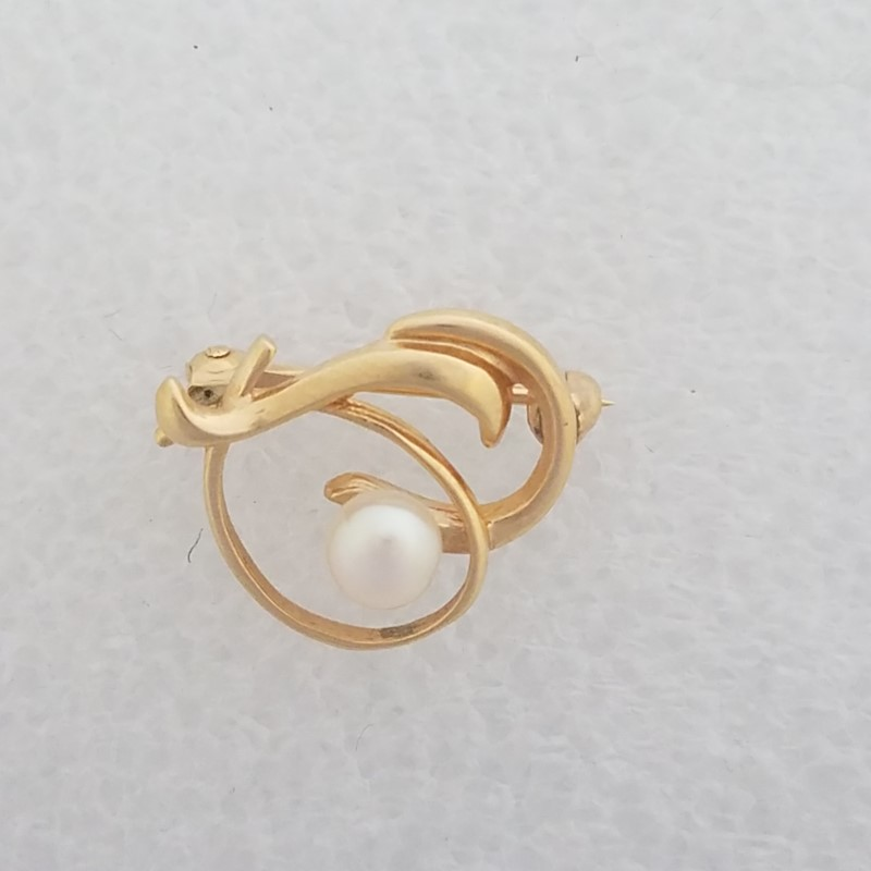 14K Yellow Gold Unique Open Work Elegant Ribbon White Pearl Brooch Pin