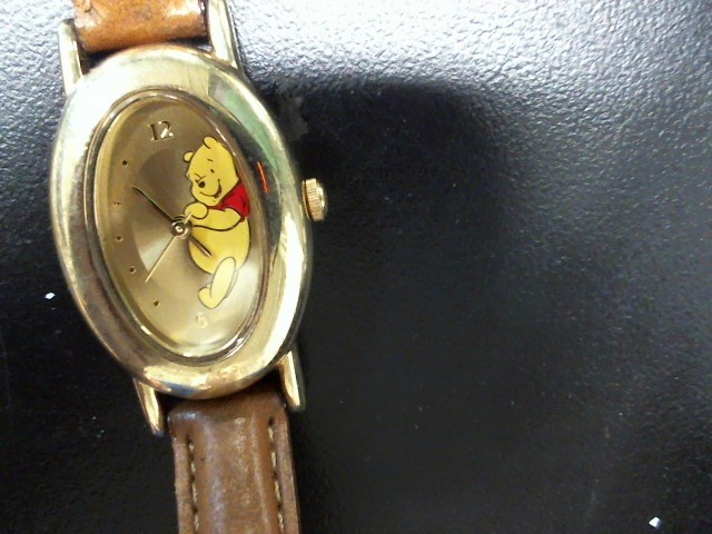 LDS DISNEY POOH WATCH
