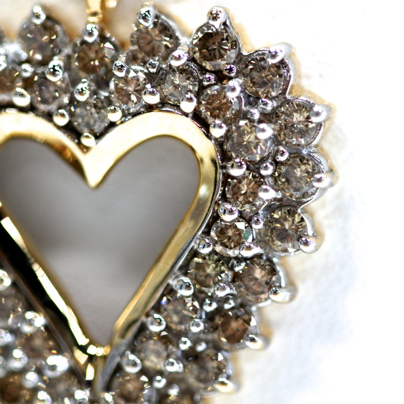 14K Yellow Gold Round Brilliant Diamond Heart Cluster Necklace
