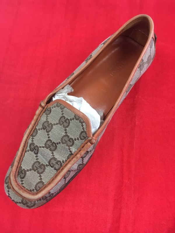 GUCCI Shoes - Size 6