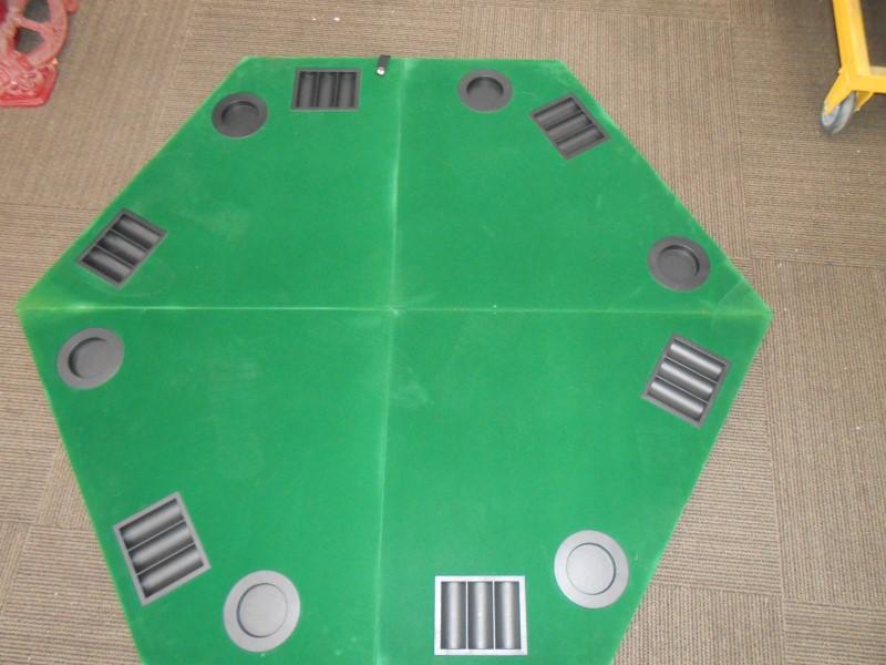 MARLBORO FOLDING POKER TABLE TOP