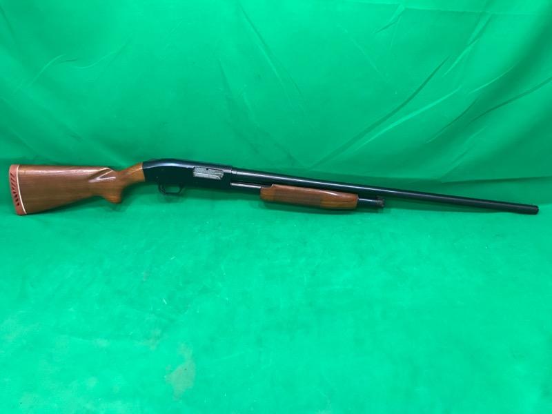 MOSSBERG Shotgun 500A VINTAGE PUMP WALNUT STOCK ENGRAVED BOLT
