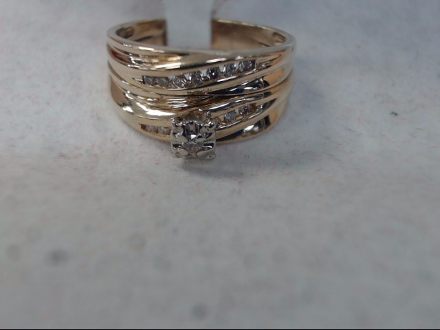 Lady's Gold Ring 10K Yellow Gold 5.2g