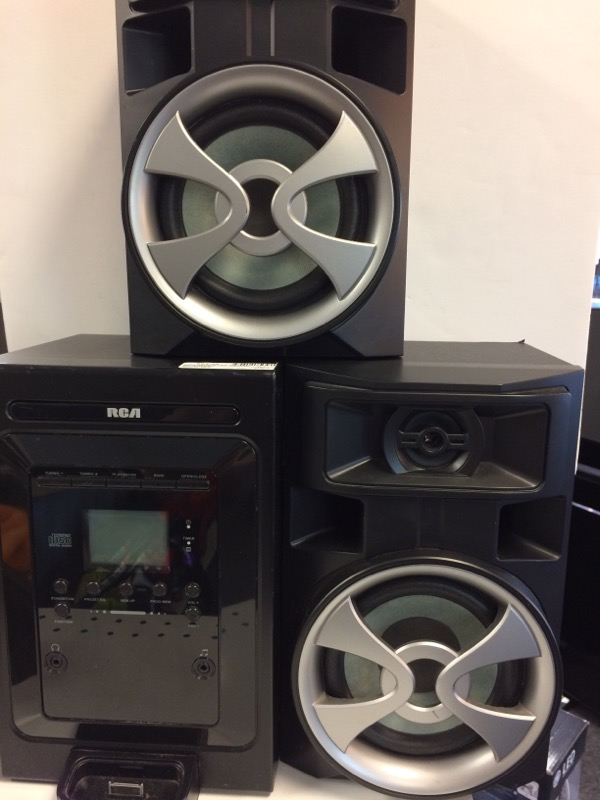 RCA CD Player & Recorder RS2696I