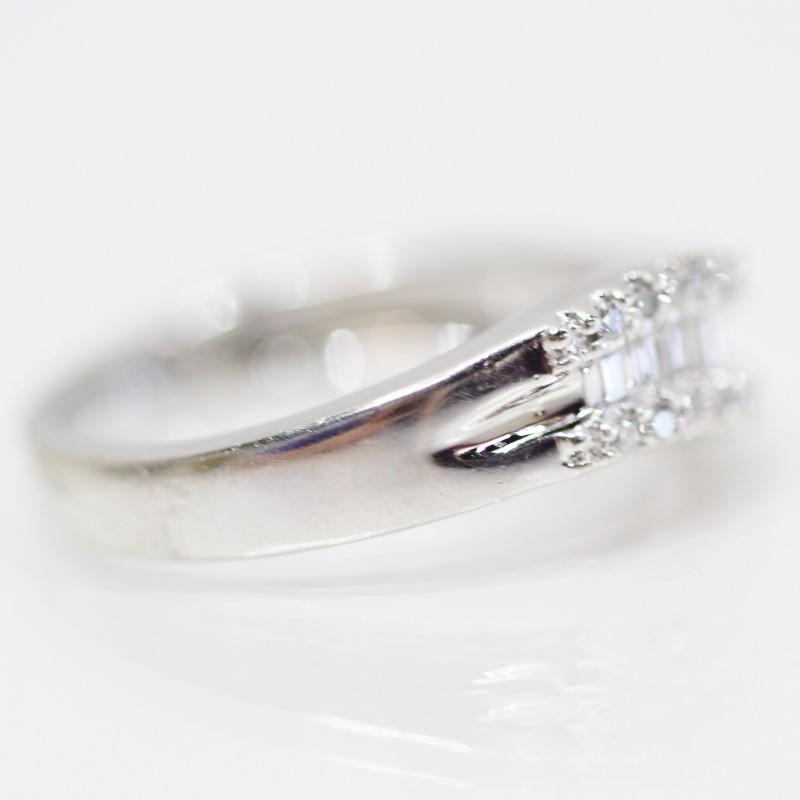 14K White Gold Pave/Bead & Channel Set Diamond Wedding Band Size 7