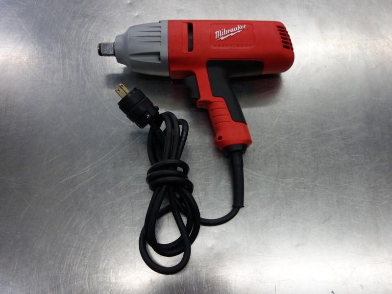 Milwaukee Tool 9075 20 3 4 Drive Electric Impact Wrench