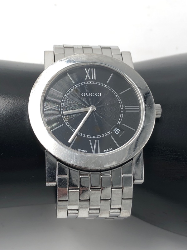 126ac01e5df GUCCI Gent s Wristwatch 5200M.1 Quartz Wrist Watch Mens Silver w Black Dial