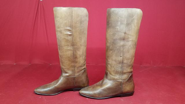 a11bcb8c653f2 MIA Tall Brown Leather Boots - Size 6B - Women s Cowboy Boots Like ...