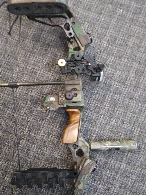 Mathews Bows Rh Compound Bow Mq 32 Archery Bow Very Good Buya