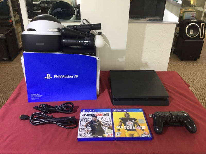 Sony Playstation PS4 Slim CUH-2015A with VR Headset and 2 Games Very