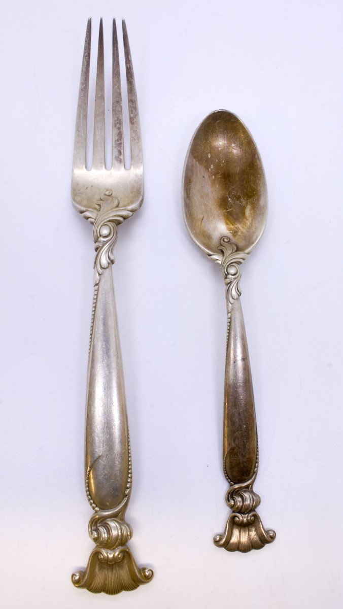VERY GOOD CONDITION WALLACE ROMANCE OF THE SEA STERLING SILVER PLACE FORK