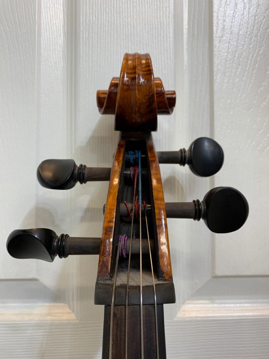 """Cello with No Name and """"Wu's Fine Violin's"""" Bridge Good ..."""